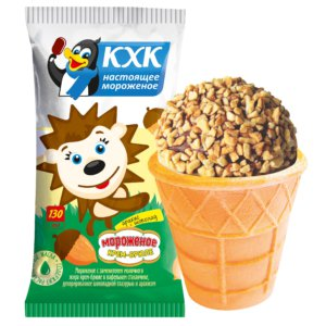 "Мороженое, Мороженое крем-брюле в ""шапочке"" из шоколада и орешков."