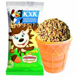 """Купить оптом Мороженое, Мороженое крем-брюле в """"шапочке"""" из шоколада и орешков."""
