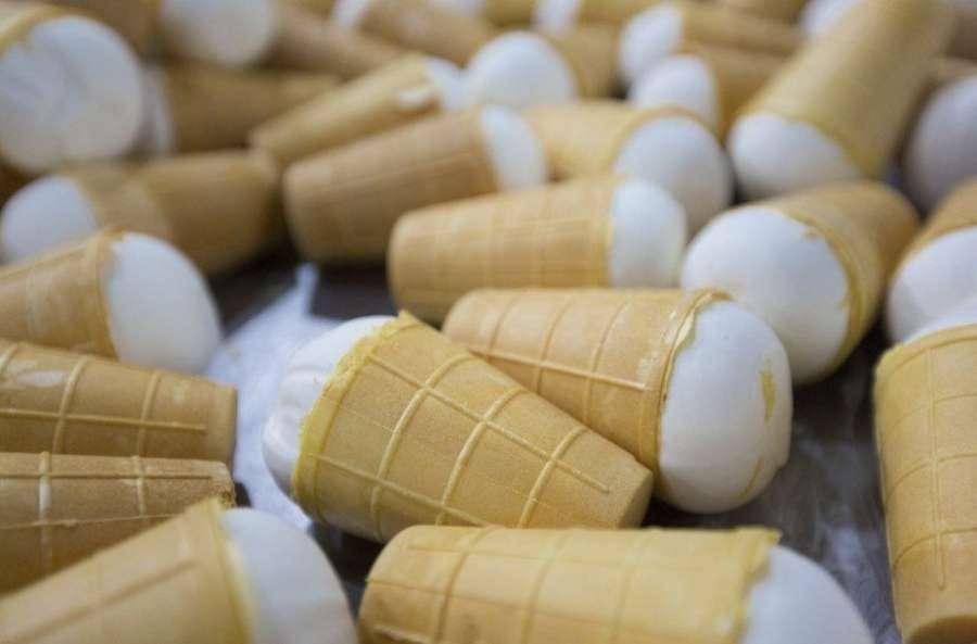 В чем разница между пломбиром и сливочным мороженым